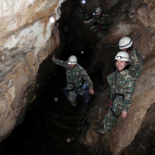 Cuevas Llanera